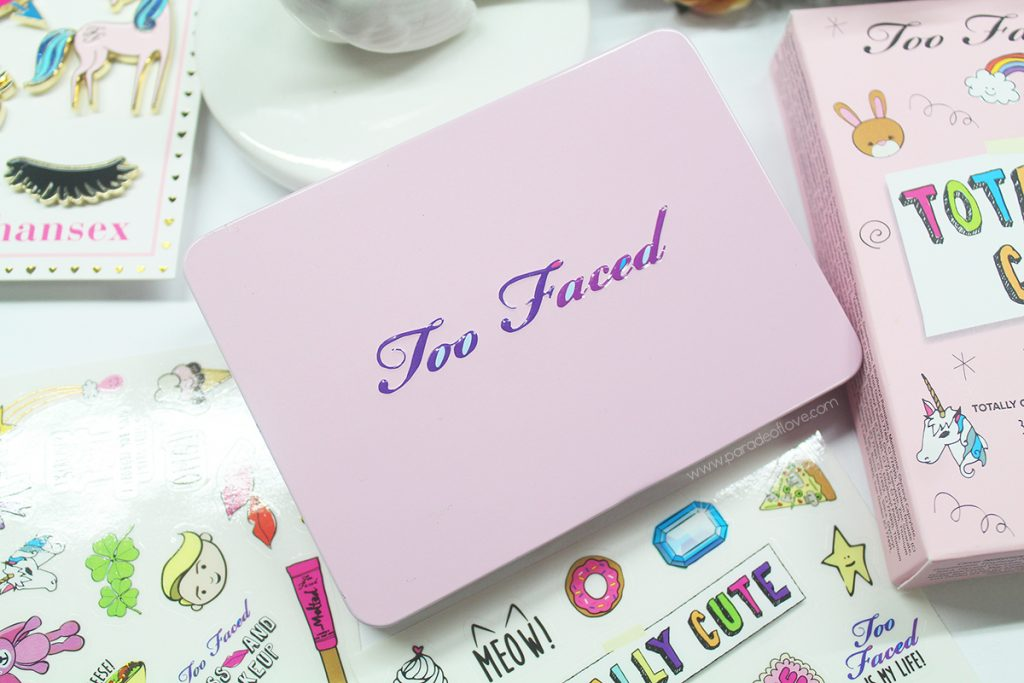too-faced-totally-cute-eyeshadow-palette-2